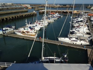 Royal Norfolk & Suffolk Yacht Basin. 'Talisker 1's' mast in the foreground