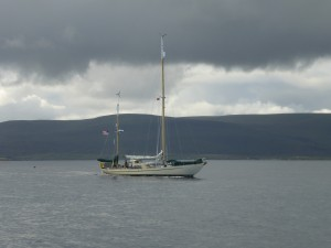'Endeavor' leaving Stromness